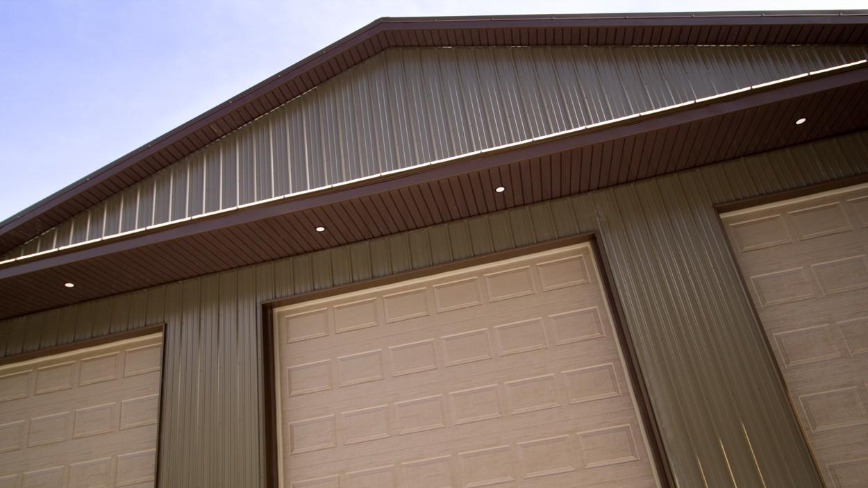 Huge-garage-2731-1