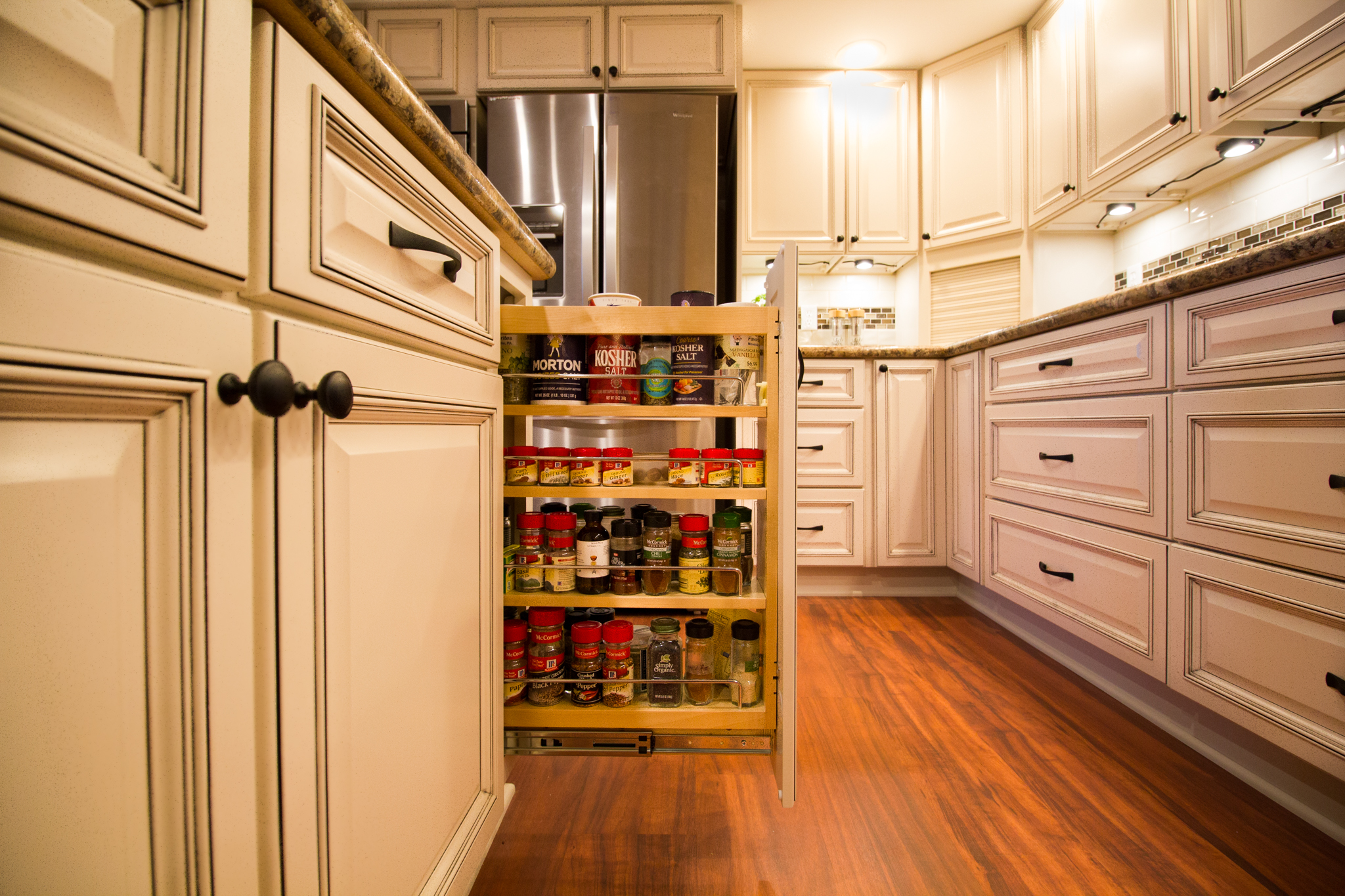 Pull-out-Spice-Rack-6